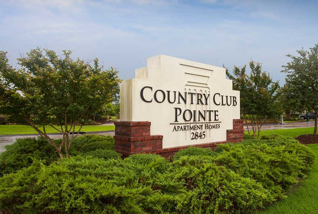 Country Club Pointe