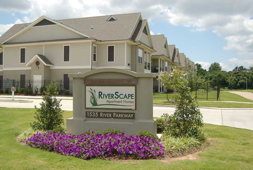 RiverScape Apartment Homes