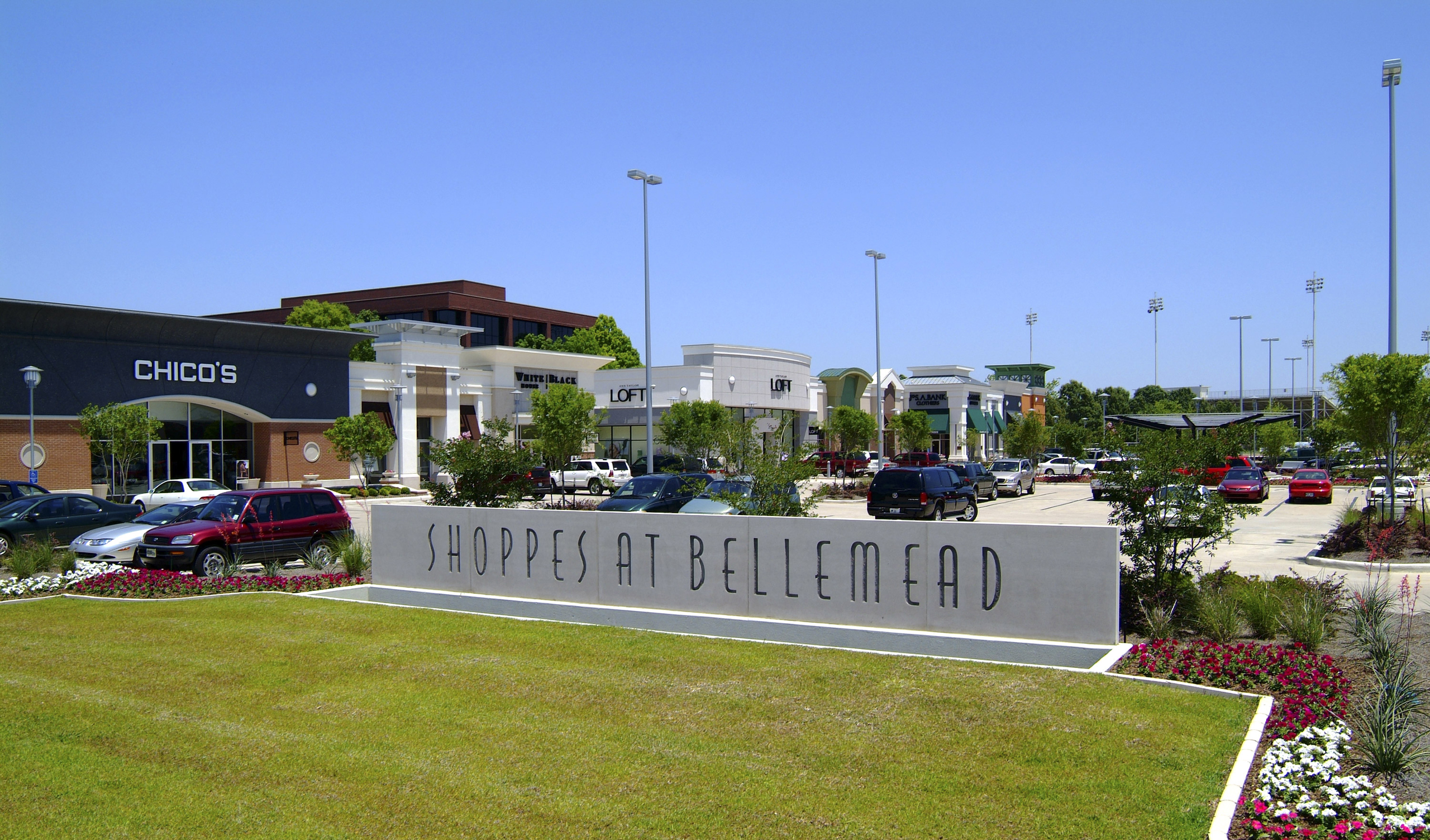 Shoppes at Bellemead (2)